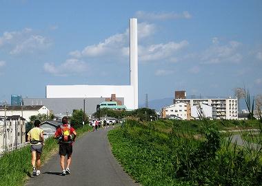 淀川堤防を走る2