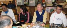 中央右は「今年はあきらめた」?虎清水さんと、その右は「今年はやるぞ!」の中里さん